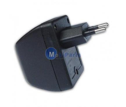 Adaptor priza Universal catre bricheta auto 220V-12V